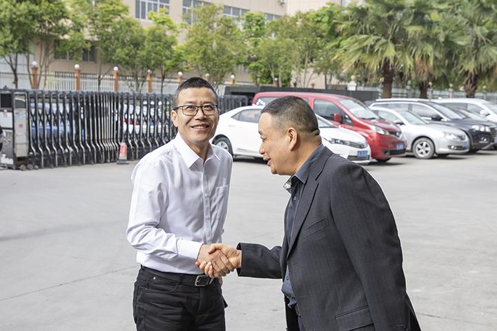 董事长胡志兴接待乐清市副市长徐海严一行