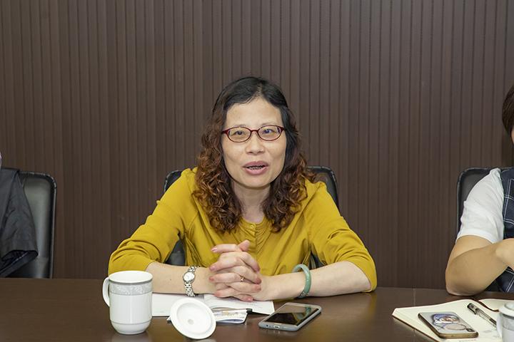 省经信厅副处长郑闽红发表重要指示