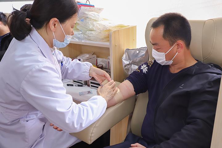 护佑生命 热血集结丨欣灵电气积极响应开展献血活动