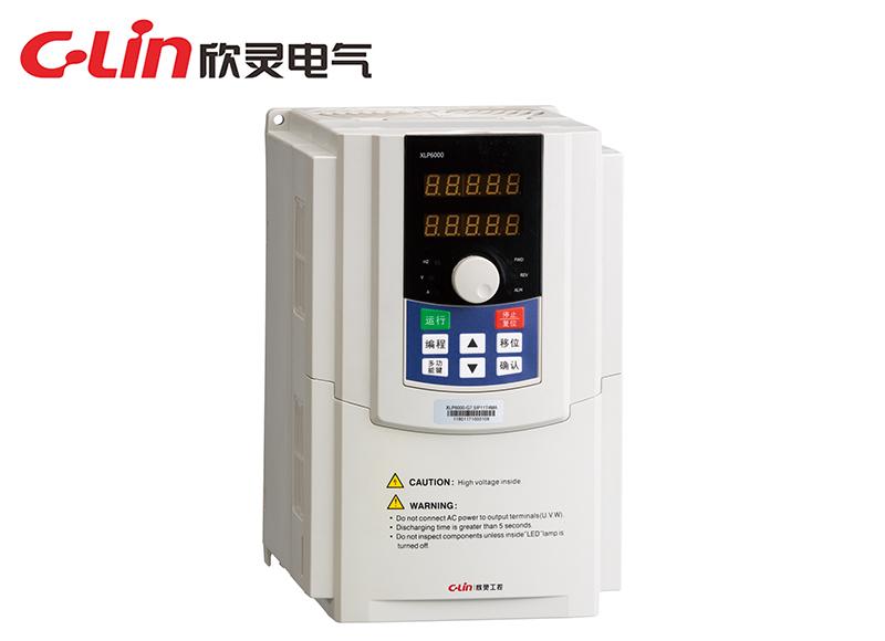 XLP6000-4.0型矢量型变频器(三相220V)